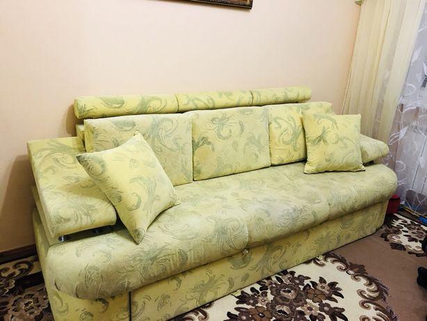 Продам диван срочно!торг хороший