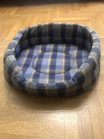 Ліжко, лежанка для собак або котів