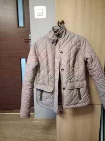 Sprzedam pudło ubrań ( spodnie, kurtki, spódnice, żakiety)