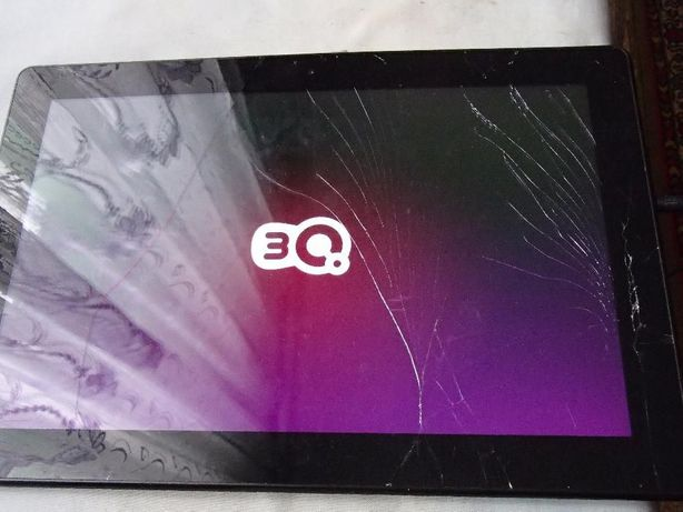Планшет 3Q Qoo! Q-pad RC1301C 13.3 Требует замены стекла( обмен)