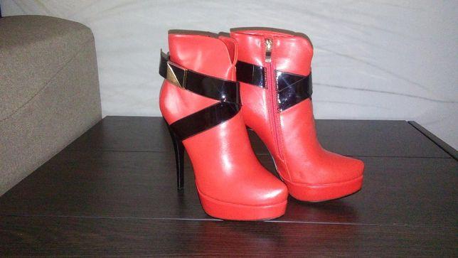 Полусапожки демисезонные красные чобітки демсезонні червоні