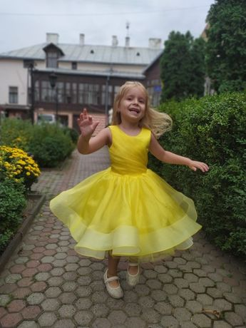 Платье плаття сукня пышное праздничное святкове випускне выпускное