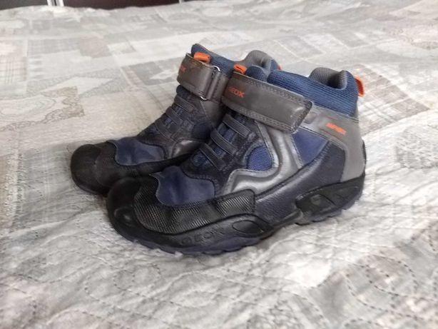 Buty chłopięce  zimowe Geox rozm.34
