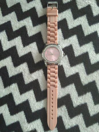 Zegarek cyfrowy Avon cyrkonie, róż