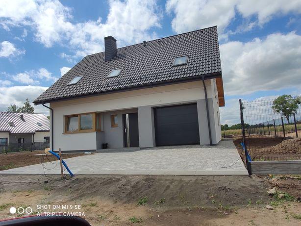 Sprzedam dom z garażem