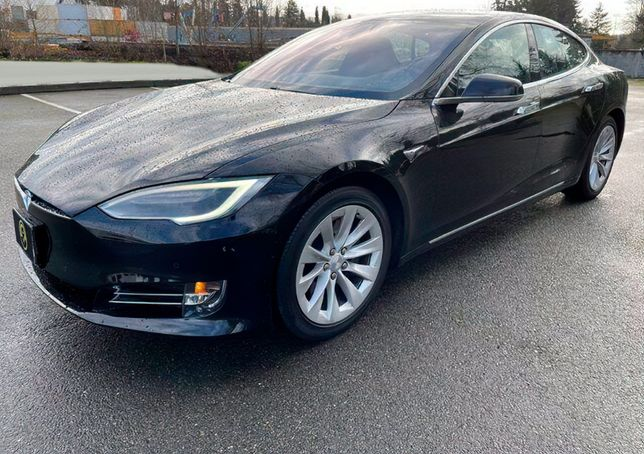 Tesla Model S P90D 2018 / Продам Авто