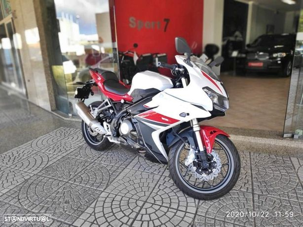 Benelli BN  302R ABS