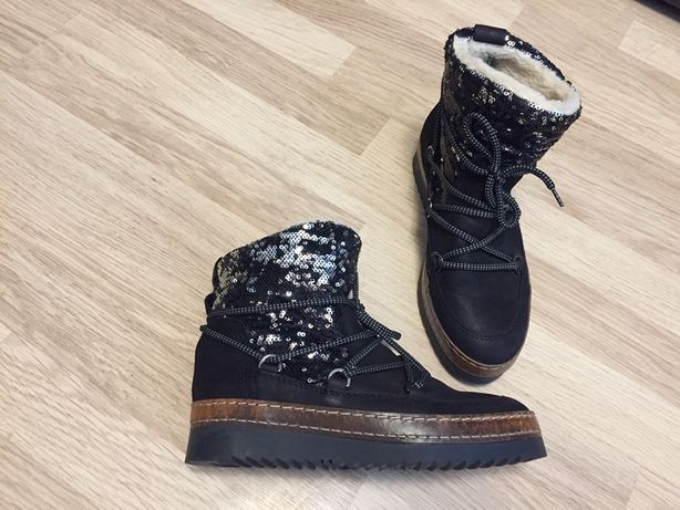 Сапоги ботинки угги кожаные новые Tamaris