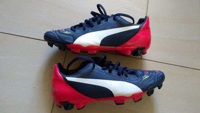 Buty piłkarskie PUMA , lanki dla dzieci, rozmiar 38,5 (24,5 cm)