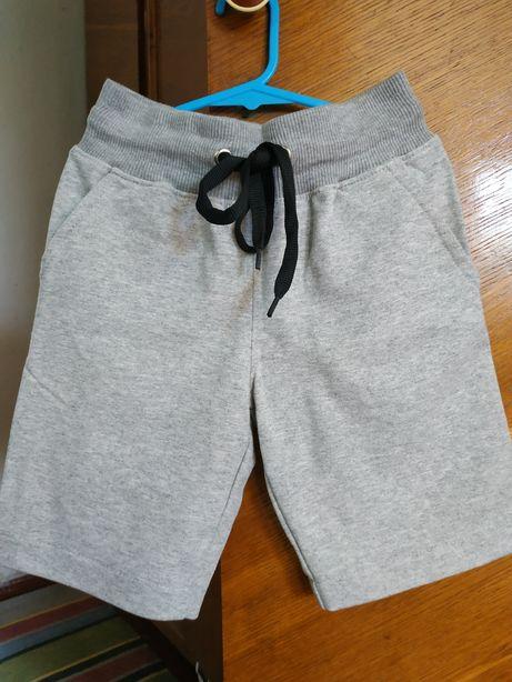 Трикотажные новые шорты на мальчика на 5-6 лет, рост 116-122 см