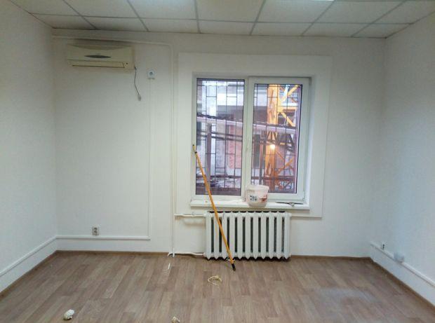 Маленький офис 14 м2 с ремонтом ул Жилянская ор салон Savoya