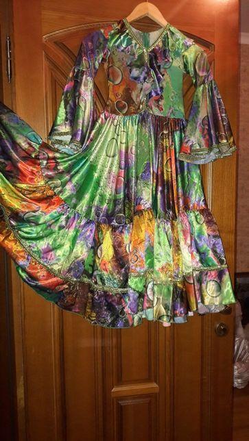 Нарядное платье для выступлений