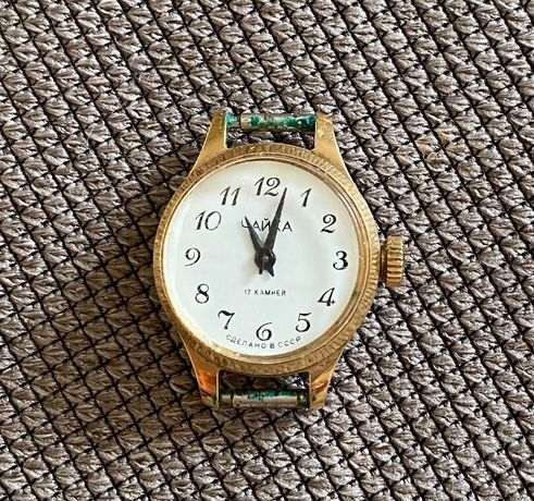 Часы механические женские «Чайка»