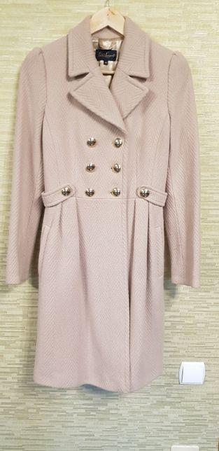 Пальто женское Luisa Spagnoli (Италия)