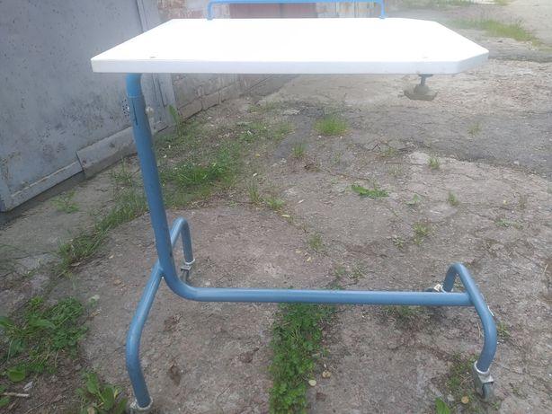 столик прикроватный  на колесиках для пожилых, для инвалидов