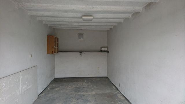 Posiadam do wynajęcia garaż murowany