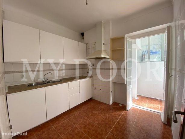 Apartamento T2 - Moscavide - Boas Áreas - Muita luz