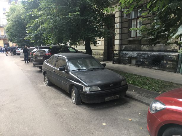 Ford escort 1.3 cl