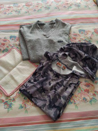 Naperon c/renda de crochet c/oferta 2 camisolas azul cinza S
