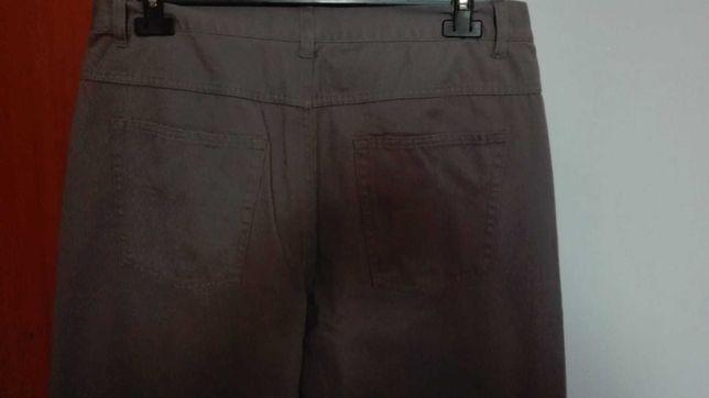 calças homem cinzentas