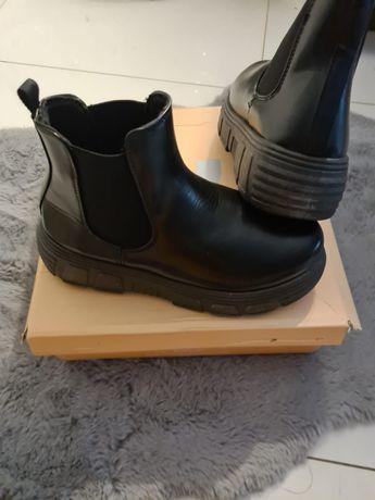 Buty Koi Footwear roz 39