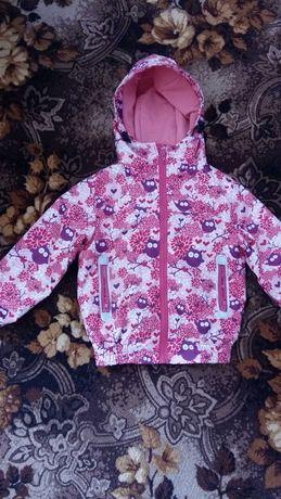 Куртка -вітрівка.для дівчинки