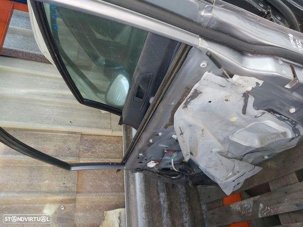 Porta Frente Direita Honda Jazz c/elevador