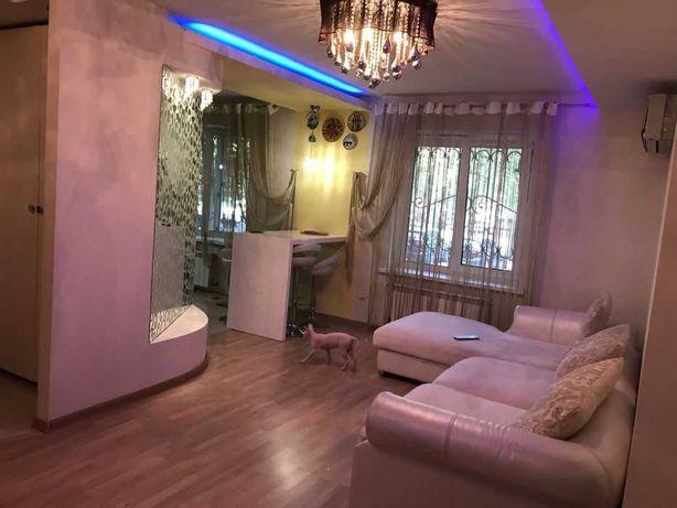 Кухня -студия и спальня на Черемушках.