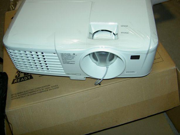 NOWY projektor multimedialny Mitsubishi EW330U