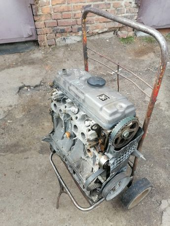 Двигатель 1.4 бензин 8v KFX пежо 206