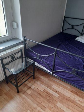 Łóżko sypialniane plus nocna szafka