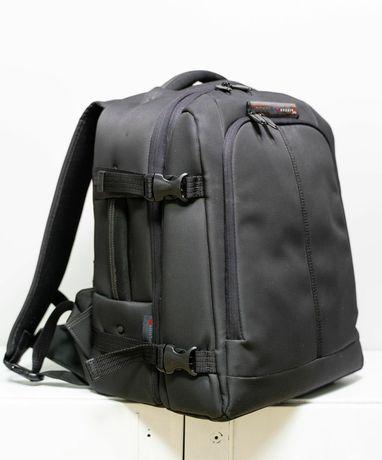 Рюкзак Delsey PRO Digital Backpack 33 - рюкзак для 2 фотоапаратів
