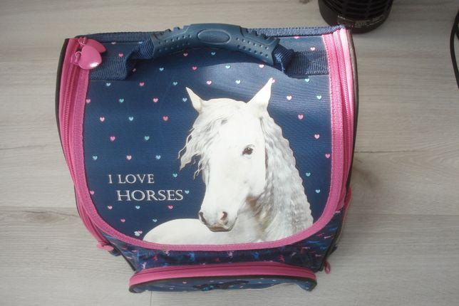 Tornister plecak Derform jak herlitz Koń Konie idealny i love horses