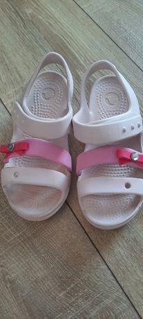 Sandały firmy Crocs