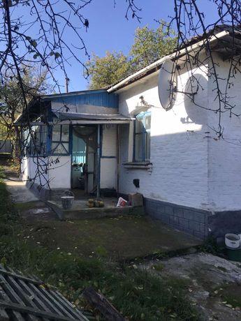 Продам будинок в смт Теплик