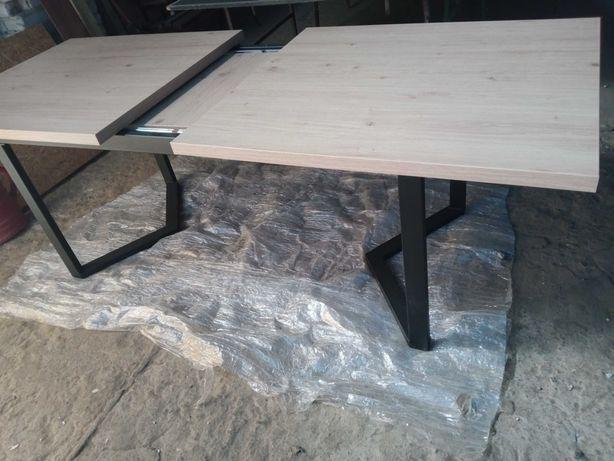 Stół rozkładany 2m po rozłożeniu 2.5m -90cm.
