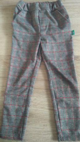 Spodnie dresowe-wizytowe r 110/116