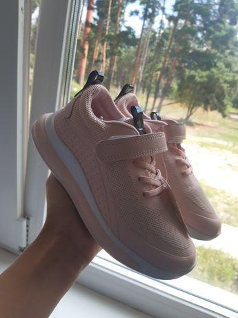 Обувь детская,кросовки