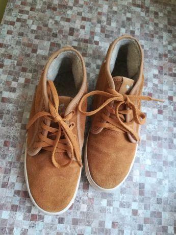 Ботинки с мехом Adidas, зимние.