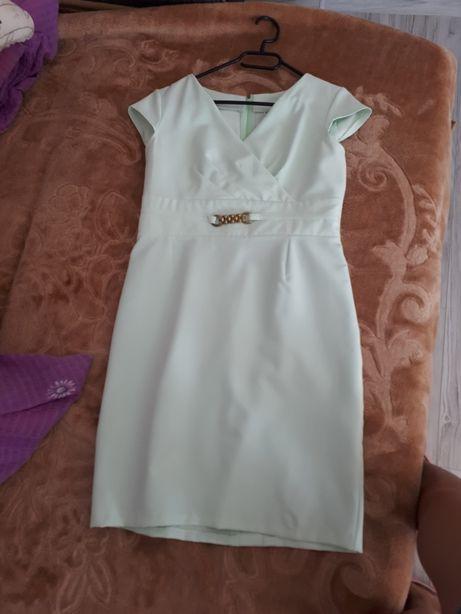 Sukienka r. 40