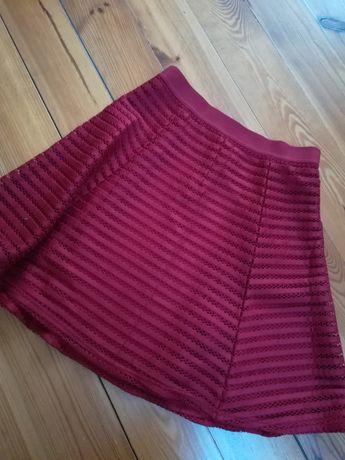 Czerwona rozkloszowana spódniczka rozmiar S H&M