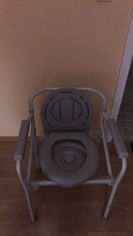 Krzesło sanitarne WC Nowe