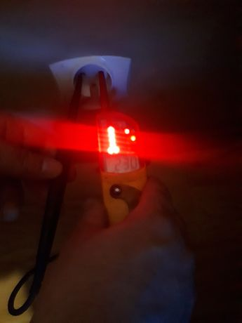 Miernik prądu fluke T120