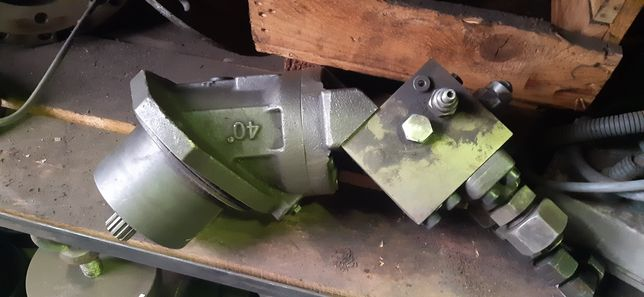 Hydro motor zwolnica