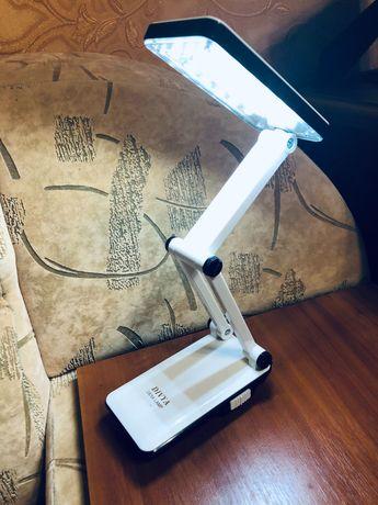 Лампа настільна світлодіодна портативна акумуляторна