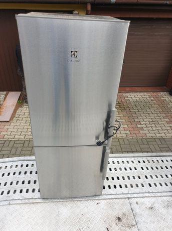 Lodówka electrolux 153x60x53