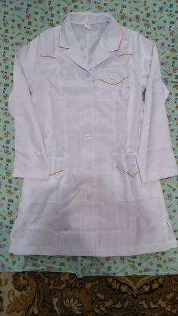 Медицинский костюм, халат