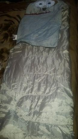 Продам детский спальный мешок Silvertree