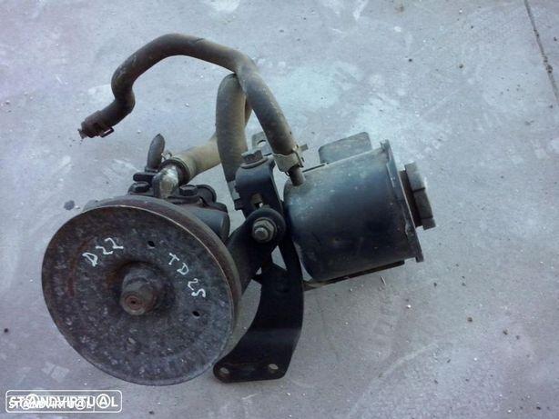 Bomba de direcção Nissan Navara D22 Td25 turbo