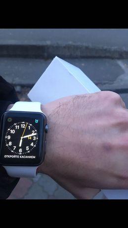 Apple Watch series 7000